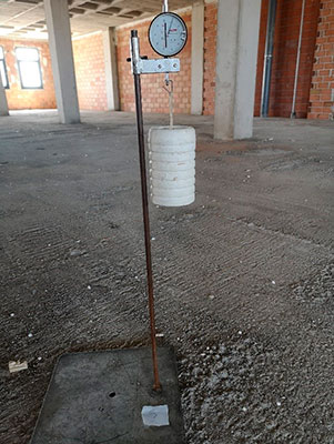 Prueba de carga de edificación en Valencia - Troyano